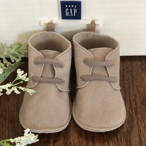 Baby Gap Suede Booties 6-12 months